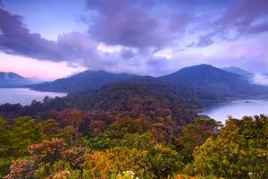 Twin Lake Tamblingan - Buyan